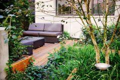 Zákutia oddeľte len zvoľna, aby záhrada ostala jedným kompaktným priestorom