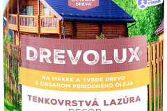 DREVOLUX DECOR – tenkovrstvá lazúra na drevo so zvýšenou poveternostnou odolnosťou, ktorá sa dosahuje použitím špeciálneho silikoni zovaného spojiva s prídavkom voskov a tíkového oleja. Zachováva prirodzenú štruktúru dreva a zvýrazňuje jeho kresbu (CHEMOLAK)
