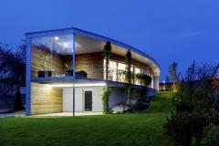 Tehlový dom ako luk