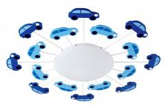 """Do """"motorizovanej"""" izbičky sa hodí svietidlo s autíčkami Eglo Viki 1 so skleným krytom a oceľovými doplnkami, priemer 63 cm, cena 49,90 eur, www.eglo.sk"""