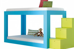Jednoduchá poschodová posteľ Infi nity značky JJP so schodíkmi s úložným priestorom, cena 2 750,30 eur, www.space4kids.cz
