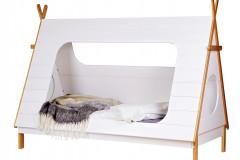 Detská posteľ Típí značky De Eeckhoorn ako z filmu, lakované borovicové drevo, rozmery 215x106x163 cm, cena 438 eur, www.bonami.sk